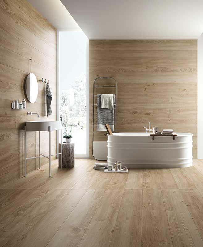Płytki drewnopodobne wprowadzają do wnętrza spokój i harmonię - klimat wellness w łazience