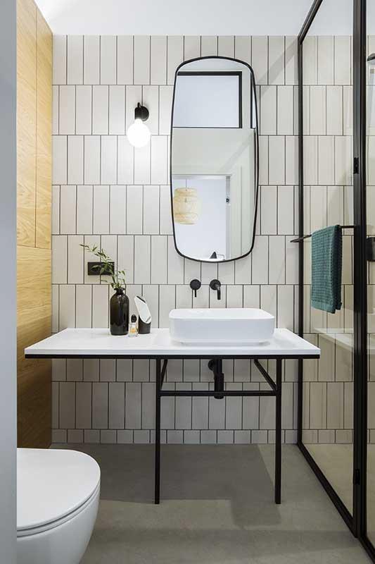 Zielony akcent w łazience | proj. em2, zdj. Kroniki Studio