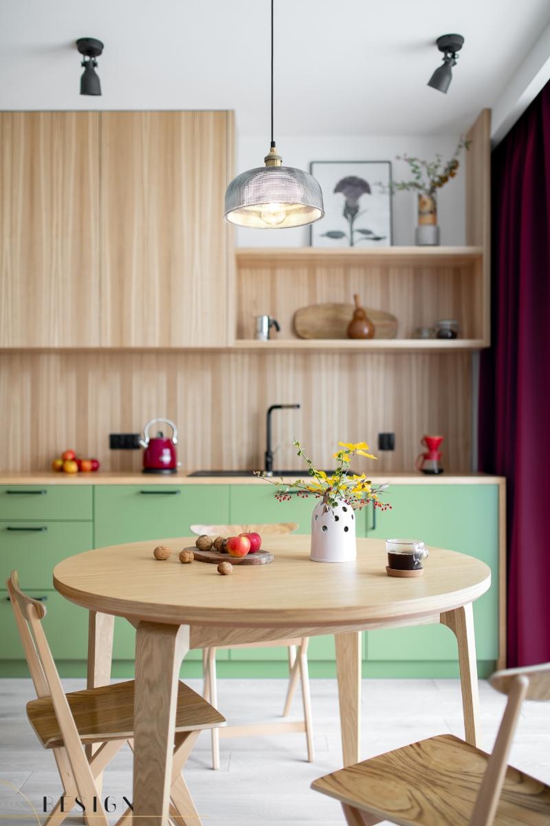 Zielona kuchnia w stylu eko | Projekt: Magdalena Wieczorek – Besign Studio, Zdjęcia: Jakub Nanowski