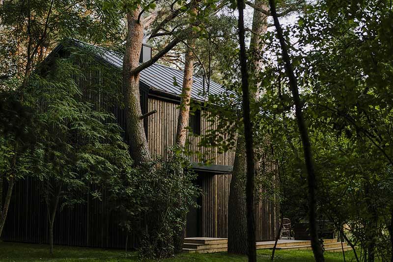 Rewitalizacja domu z lat 60. | proj.:  MP Studio Architektury www.moszczynskapuchalska.com