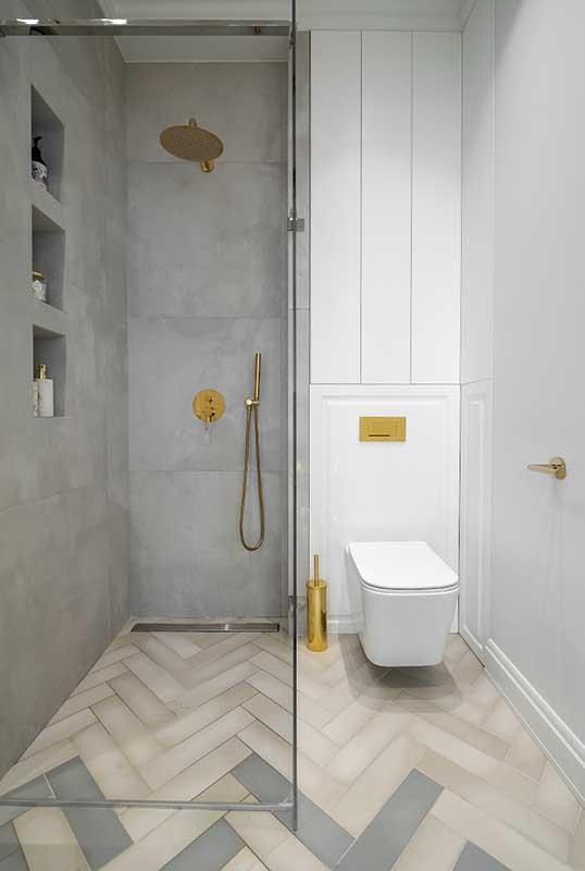 Mała łazienka z prysznicem | proj. Marika Kafar Autorska Pracownia Architektury Wnętrz