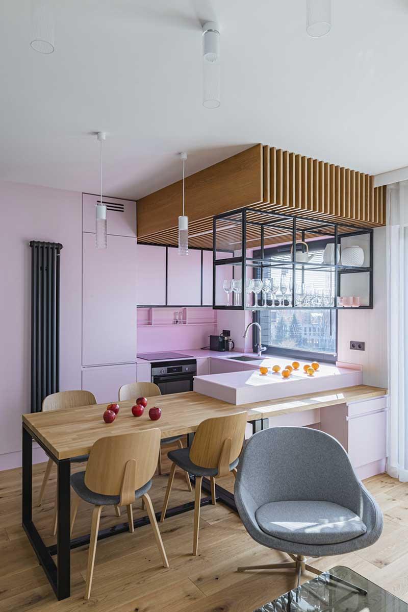 mieszkanie z różową kuchnią | Proj: Piotr Kosydar