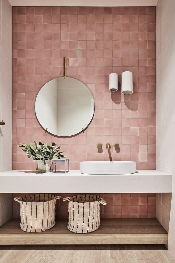 Łazienka z płytkami w stylu zellige