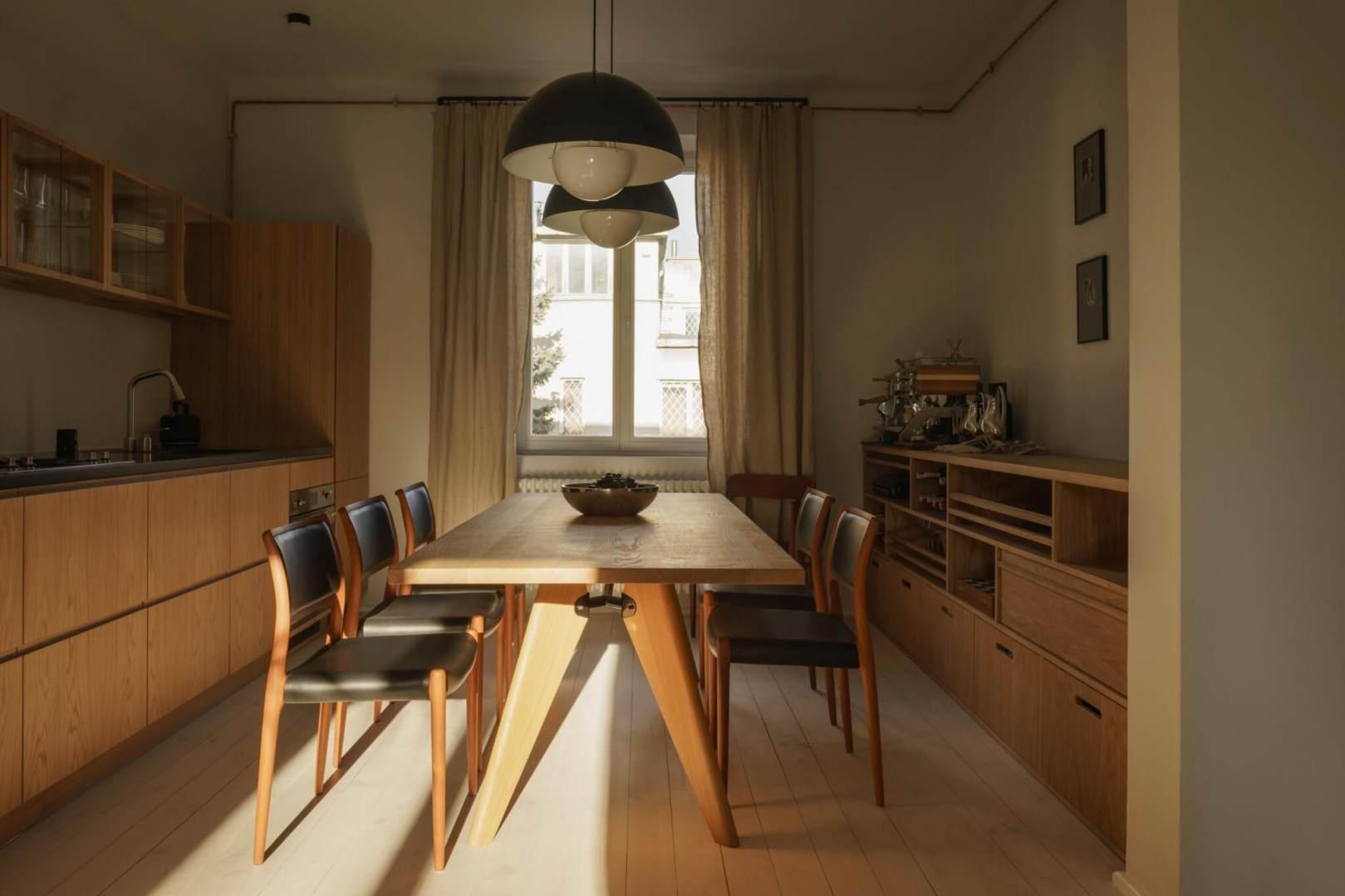 Historyczne podejście do projektu mieszkania w domu z 1939 roku | Proj: Loft Kolasiński