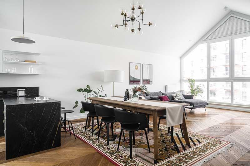 dywan vintage w salonie