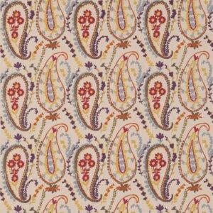 Sanderson Sojourn Prints & Embroideries Tkanina Jamila Berry/Ochre