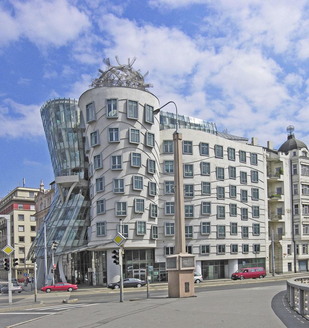 Tańczący Dom w Pradze – projekt Vlado Milunić i Frank Gehry