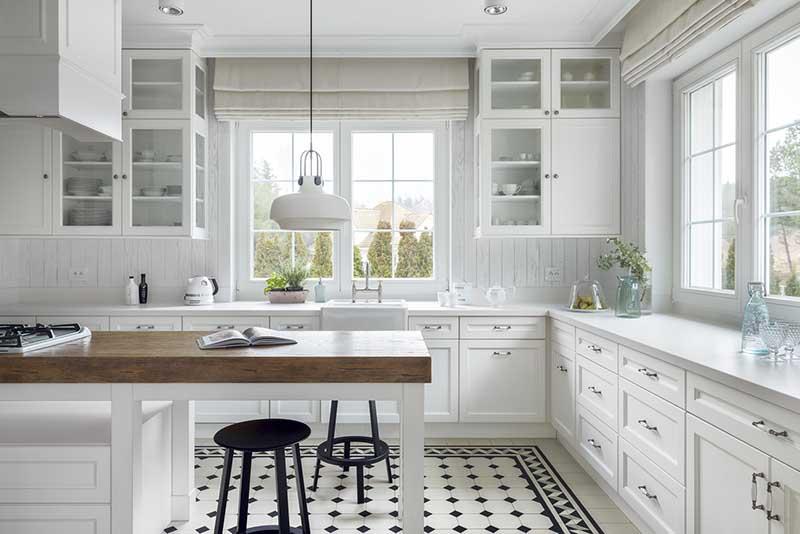 Płytki na podłogę w kuchni | proj. Mana Design