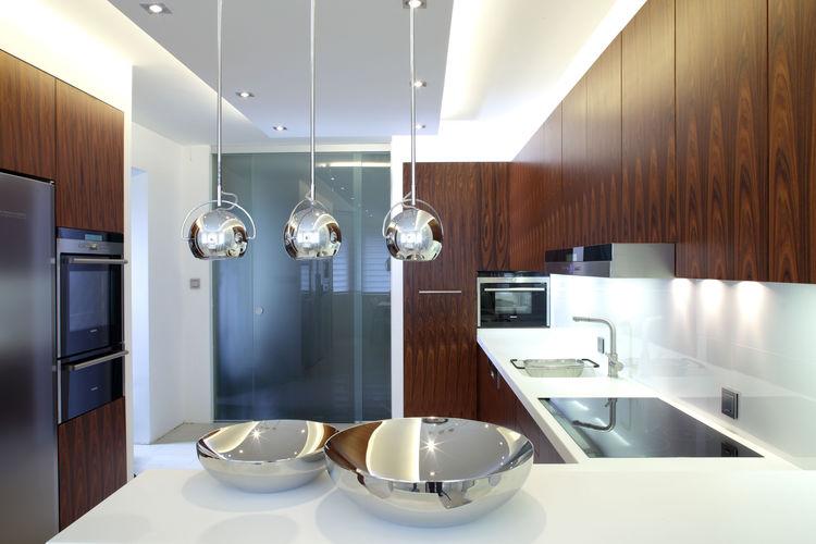 ekskluzywne lampy nad wysepke do kuchni