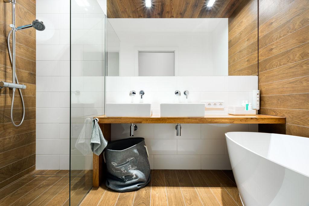 Aranżacja małej łazienki / proj. Red Cube Design