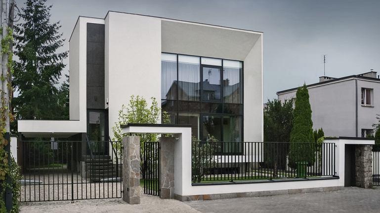 dom jednorodzinny w Wilanowie, metamorfoza, kostka